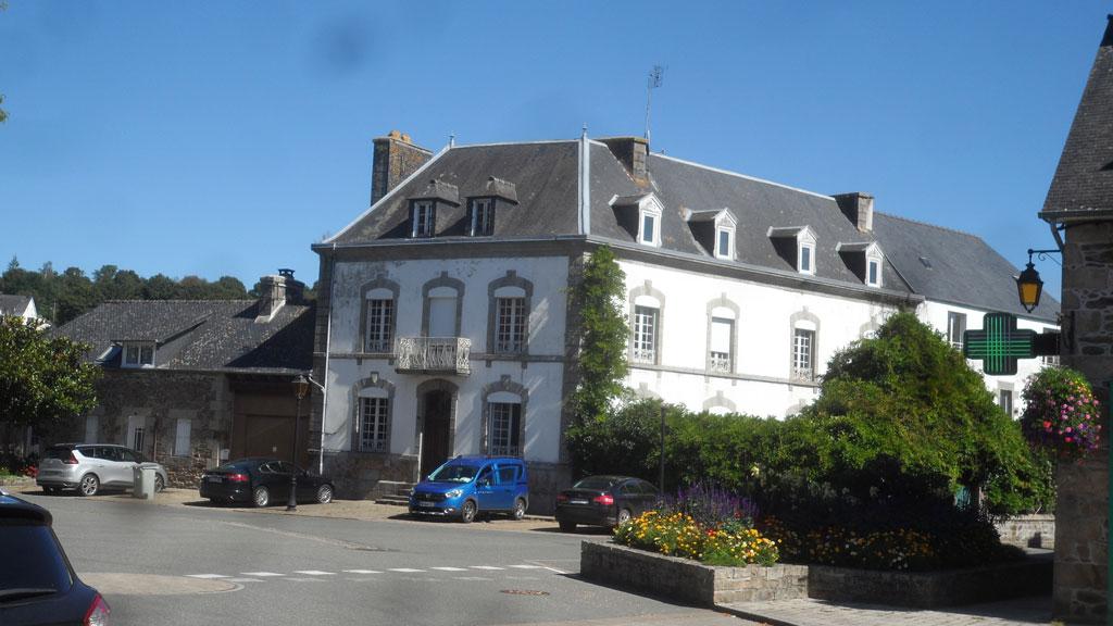 Maison de Maître à Belle-Isle-En-Terre